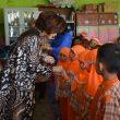 Kunjungi TK Al-Ikhlas Sidikalang, Romy Mariani Disambut Hangat Guru